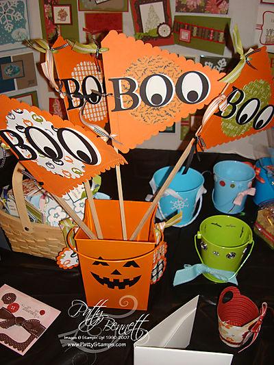 BOO banners